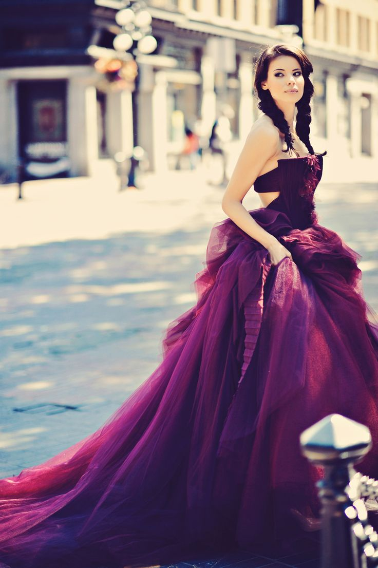 vera-wang-wedding-dress-35-08122015-ky.jpg