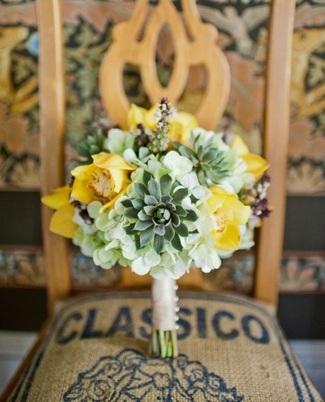 yellow-succulent-bouquet-ideas-03-001